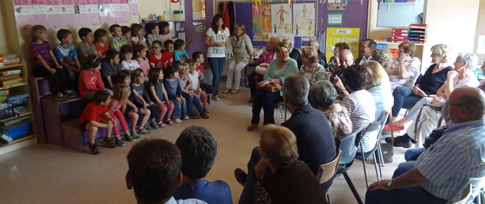 AE02 escolesGurbp5 02 br