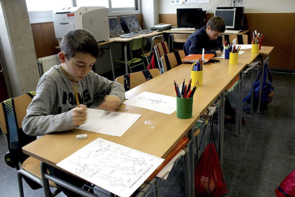 AE04 Escola Mossen Cinto 09