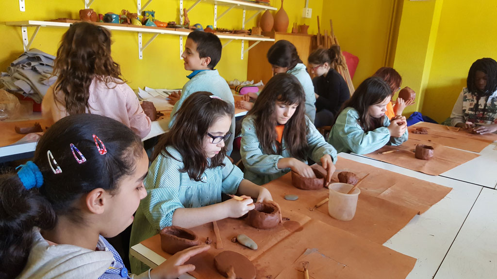 AE07 EscolaBarnola 25 br
